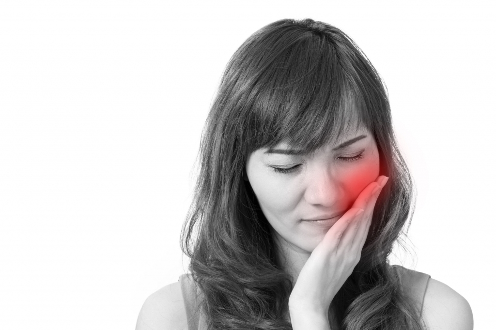 42896662 - woman suffers from toothache